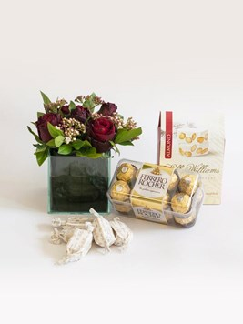 Arrangements: Sweet Appreciation Gift Box