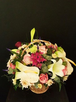 Arrangements: Modern Mix basket