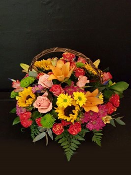 Arrangements: Sunflower country Basket