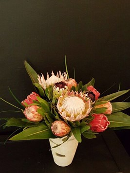 Arrangements: Protea Mix Arrangement